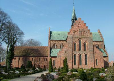 2876px-Logumkloster_Kirche