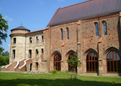 Kirchenlangschiff Foto Stadt Dargun