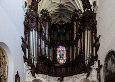694px-Catedral_de_Oliwa,_Gdansk,_Polonia,_2013-05-21,_DD_09
